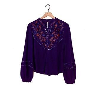 Free People NWOT | Floral Embroidered Blouse